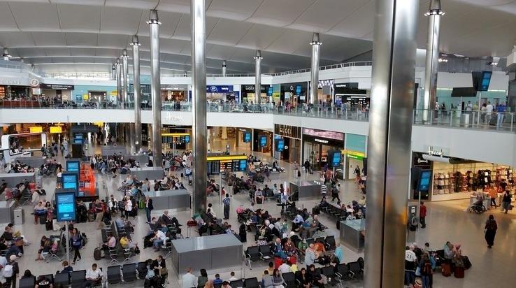 Londra Heathrow Havalimanında Türkiye'den giriş dahil Terminal Açıldı