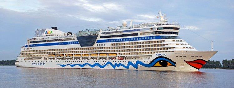 AIDAluna Cruises Deniz Seferine Kiel den Başladı
